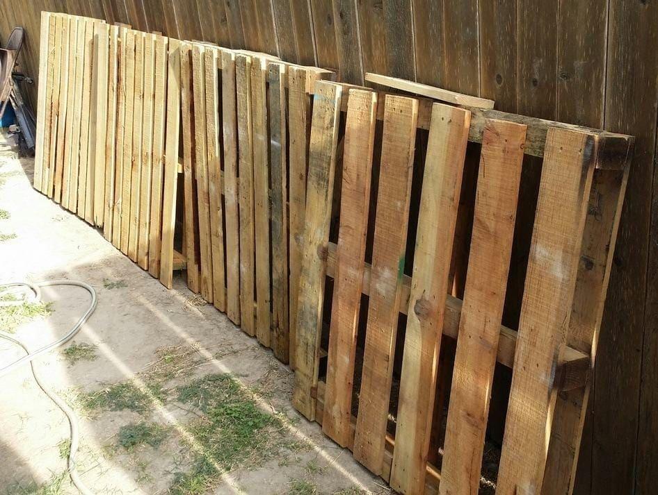 pallets curbside
