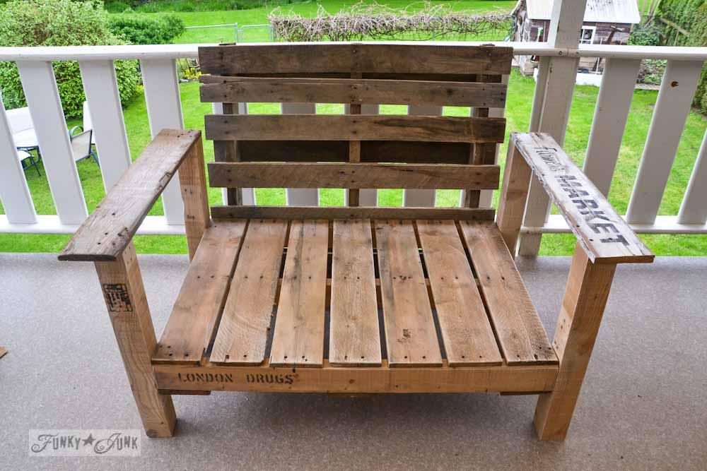 Beau Pallet Patio Chair