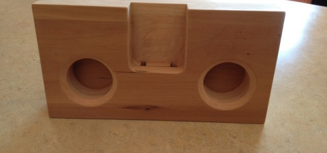 wooden iPhone speaker