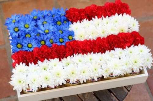 Simple Flag Centerpiece