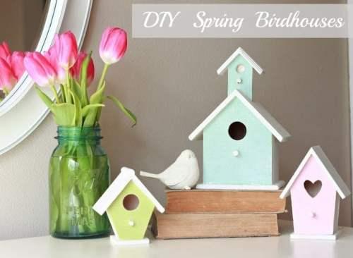 DIY Decorated Birdhouse