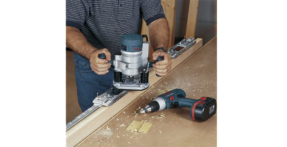 Bosch Plunge and Fixed Base Variable Speed Router Kit