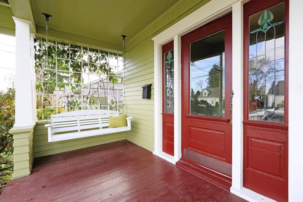 porch swing red door