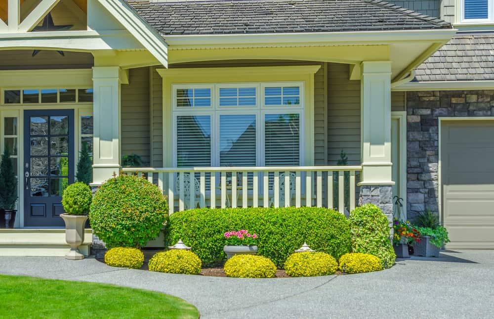 bushes landscaping porch columns