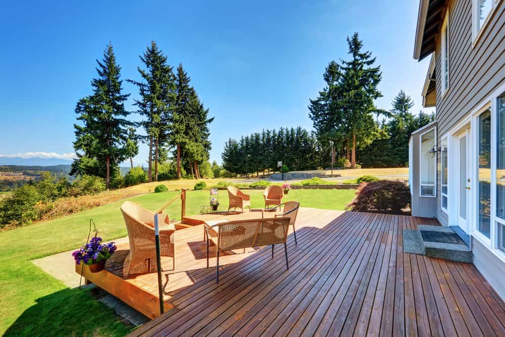 open floorplan deck