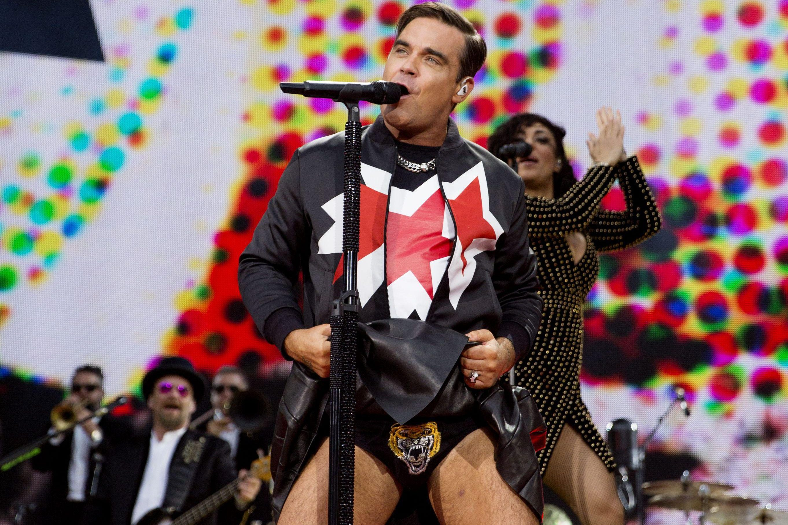 Robbie Williams Proves Hes Still The King Of Pop With Hit After Hit