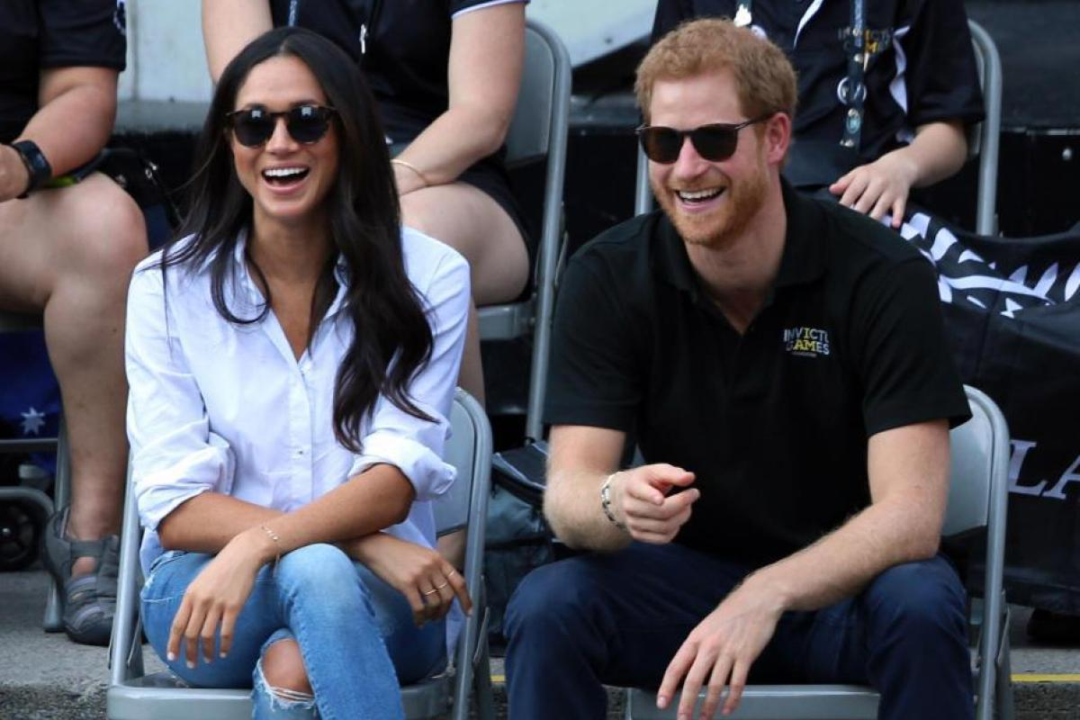 bf0ec4391eb Prince Harry s girlfriend Meghan Markle boosts sales of Scots sunglasses  brand