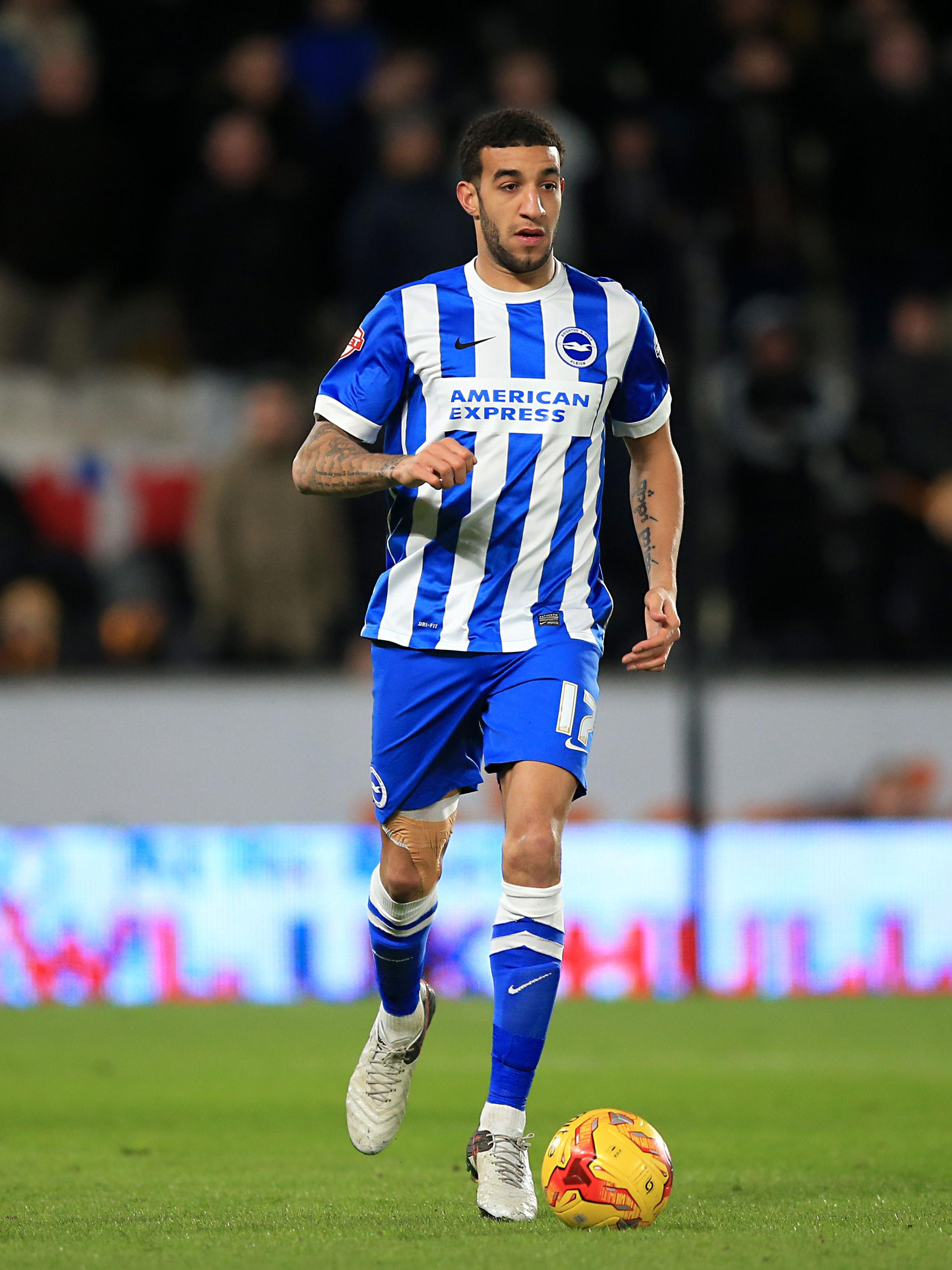 Connor Goldson has completed his move to Rangers