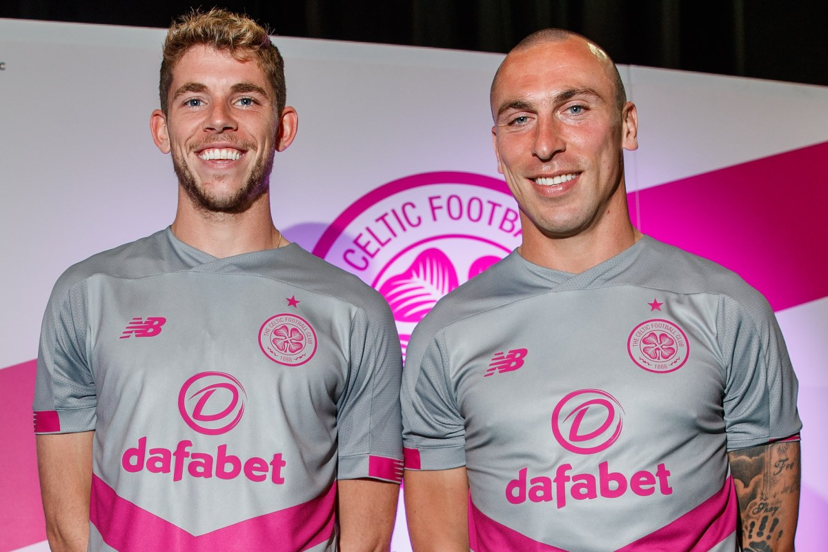 on sale 2cb50 9c025 Celtic fans slam 'disgusting' new third kit after official ...