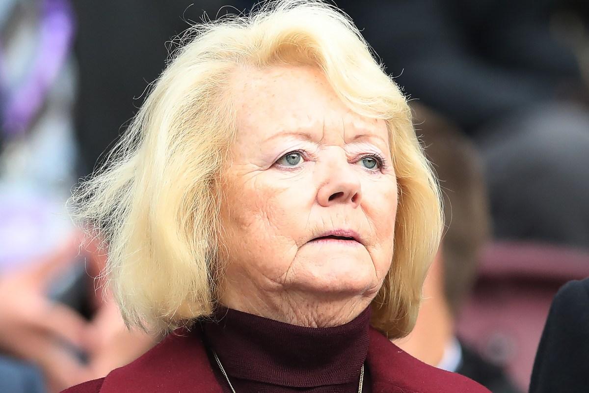 Hearts chief Ann Budge set to battle PFA Scotland over pay cuts