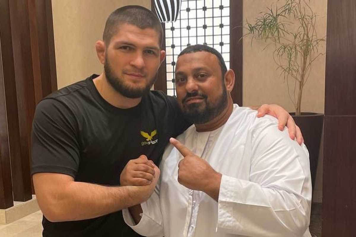 Khabib poses with boxing icon Prince Naseem as pair meet in Mecca during Ramadan