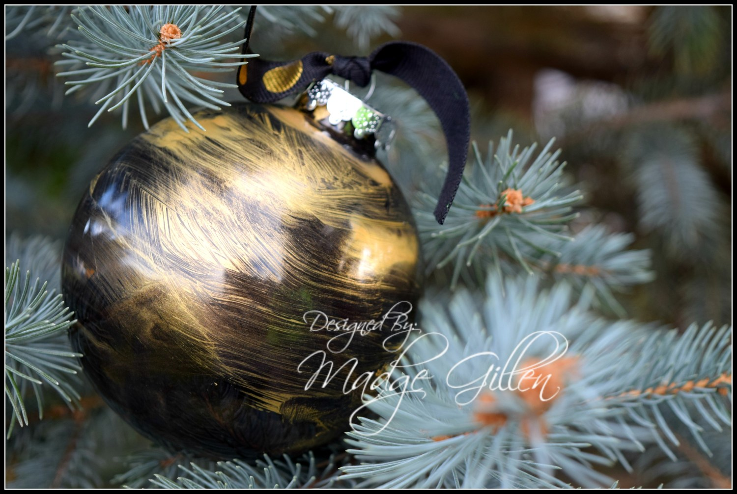 Elegant Black and Gold Christmas Ornament 1.Madge Gillen