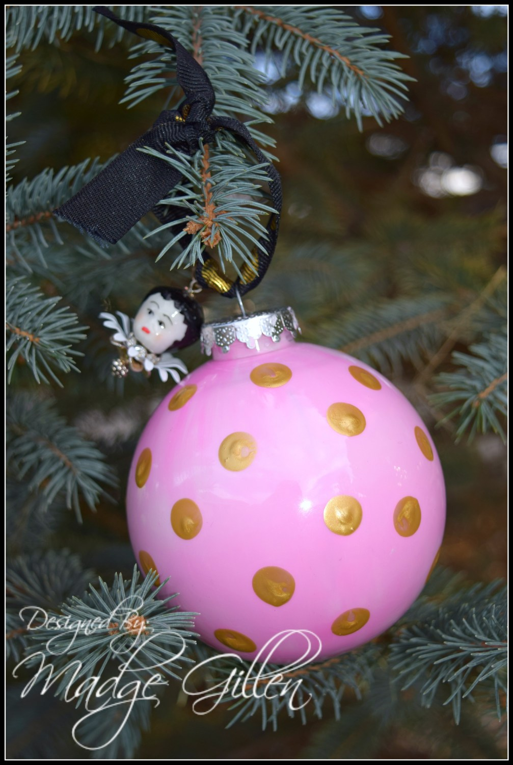 Pink and Gold Ornament 1