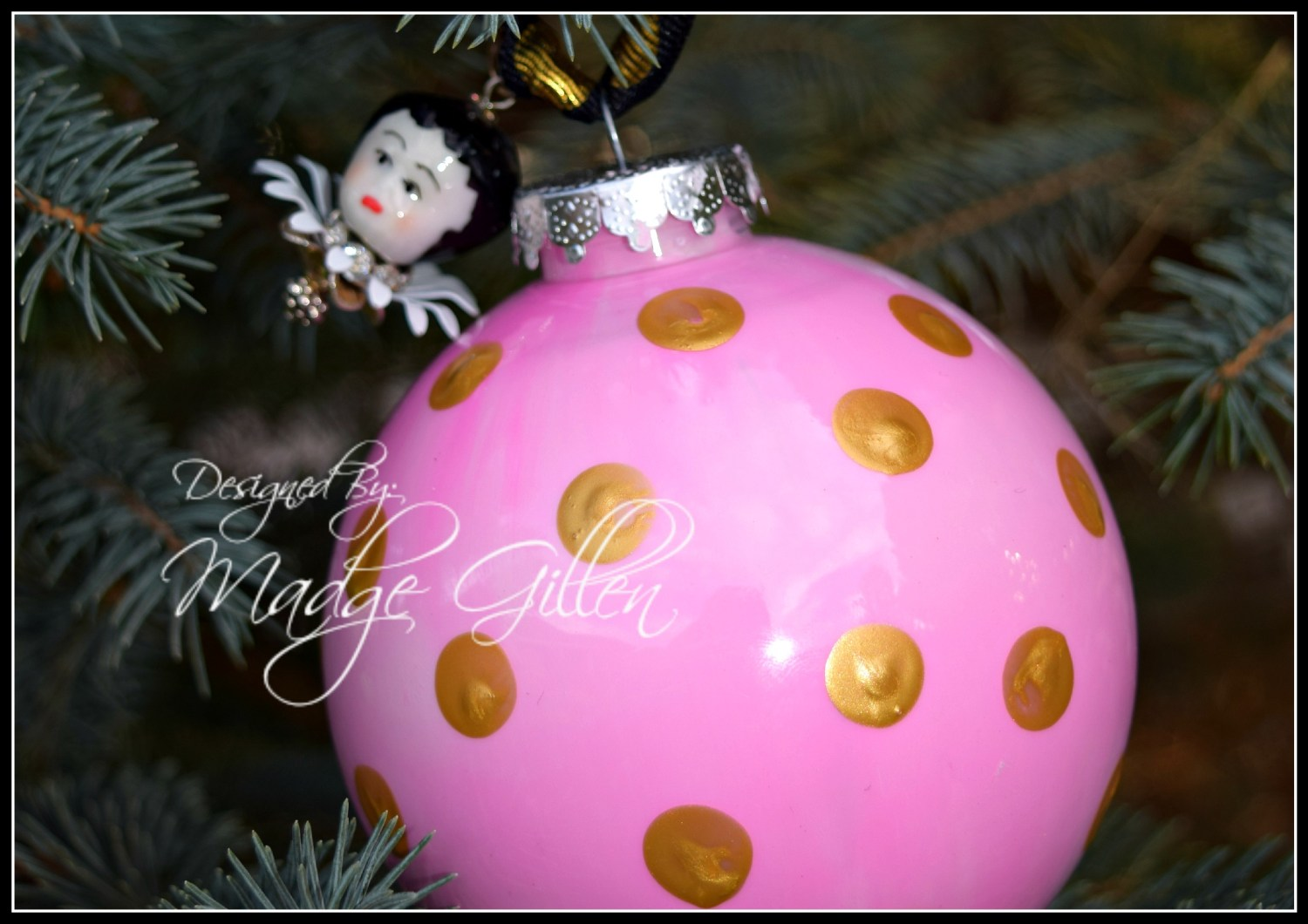 Pink and Gold Ornament 3