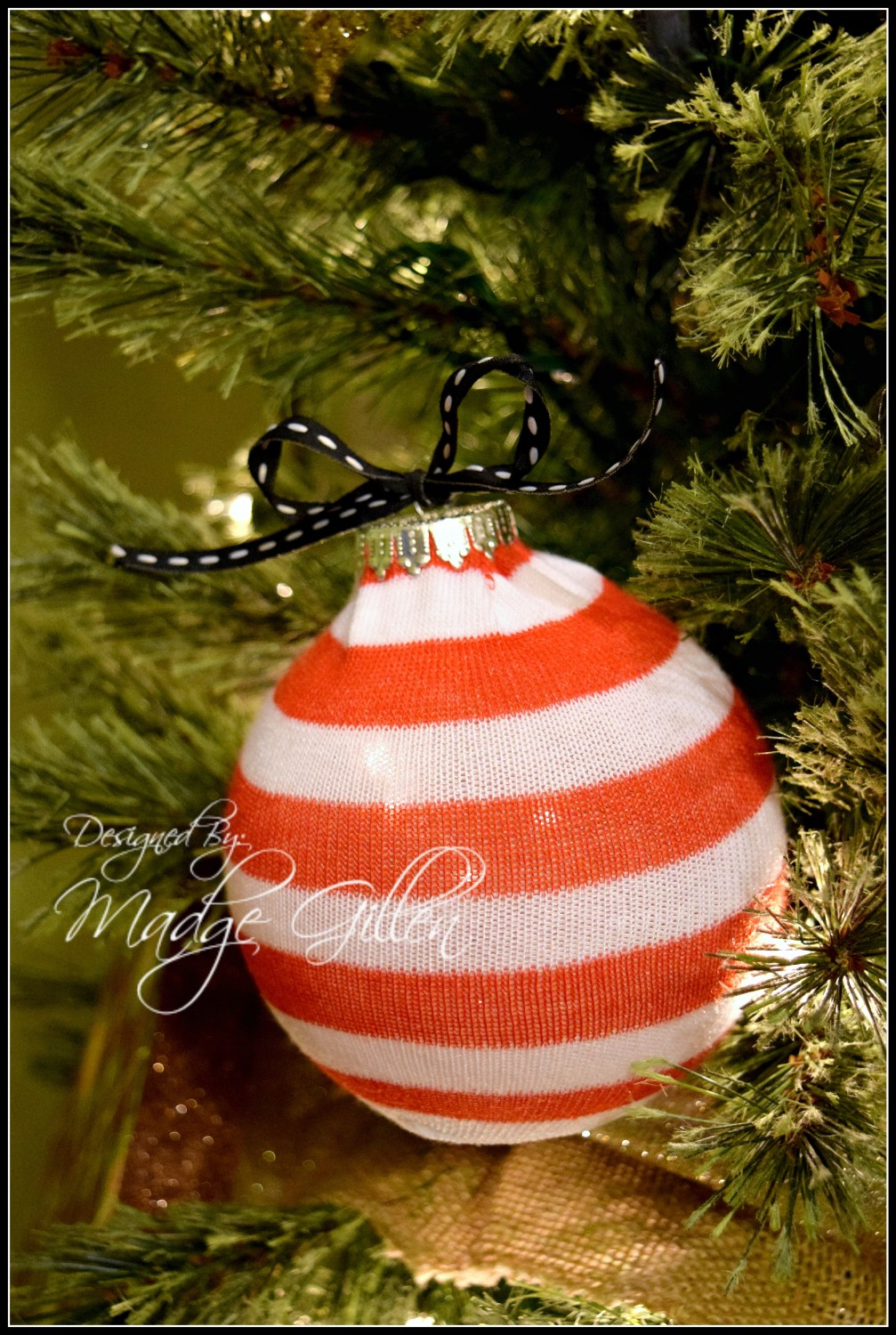 DIY Christmas Sock Ornament. MadgeGillen1
