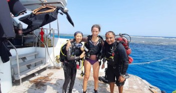 Emperor's latest Covid Hero among many relishing a Red Sea return