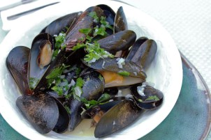 Mussels in Coconut Milk with Lemongrass