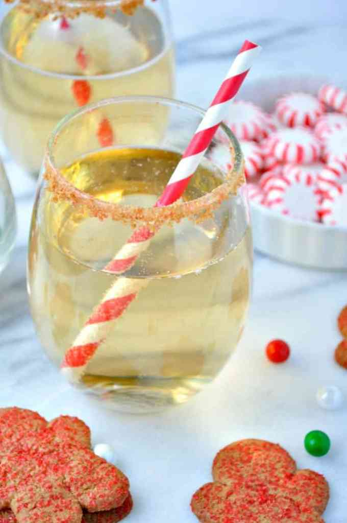 Gingerbread Cookie Champagne Spritzer