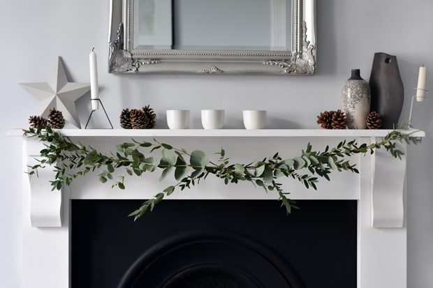 How to make a seasonal garland | These Four Walls blog