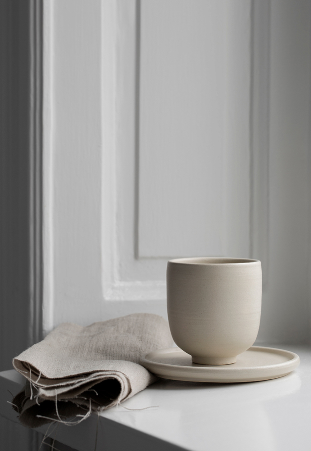 Minimalist ceramics from Melo | These Four Walls blog