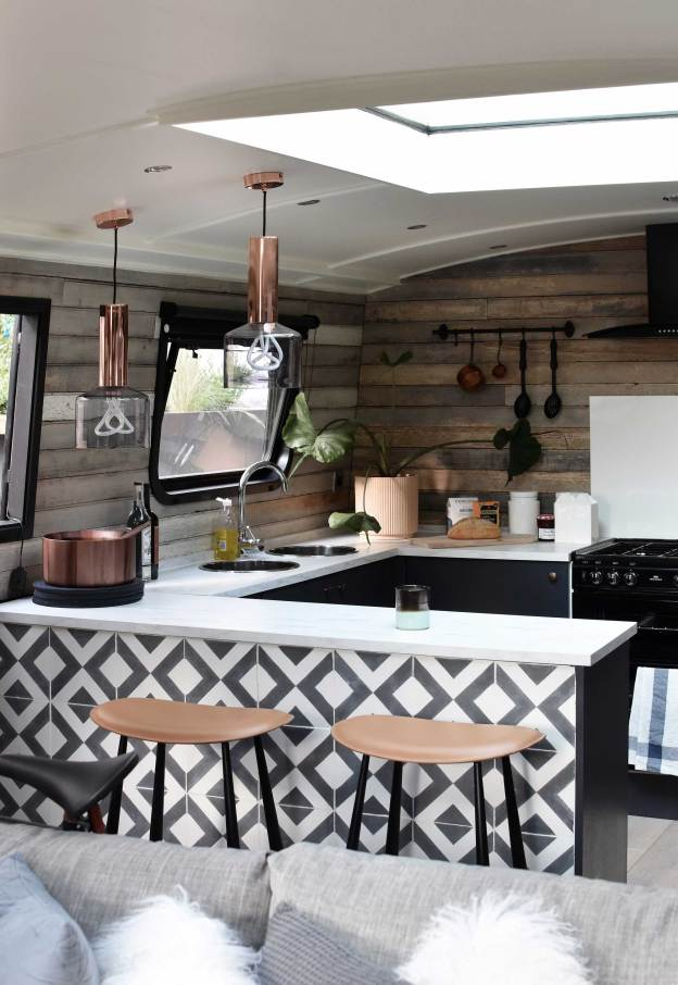6 Stylish Boat Decor Interior Ideas