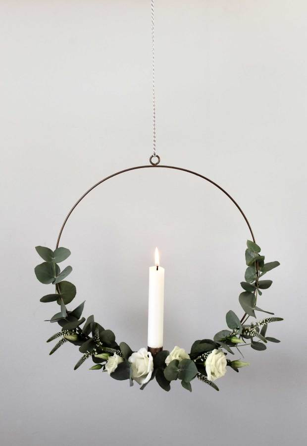 12 of the best minimalist wreaths | These Four Walls blog