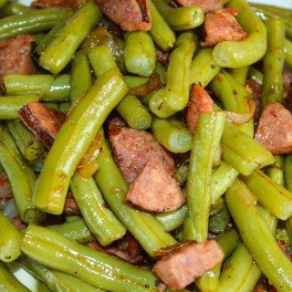 Old Fashioned Green Beans with Andouille Sausage are full of flavor and can be served as a side dish or your main dish. Use fresh or frozen green beans.