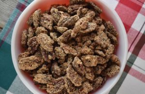 Ever wanted to make those sweet, crunchy nuts that are a staple at mall kiosks across the country? Look no farther than our Cinnamon Glazed Nuts (pecans)! And guess what? They are simple to make, and only takes five ingredients.