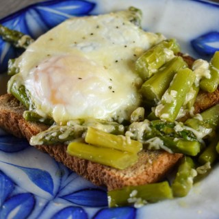 Baked Eggs and Asparagus