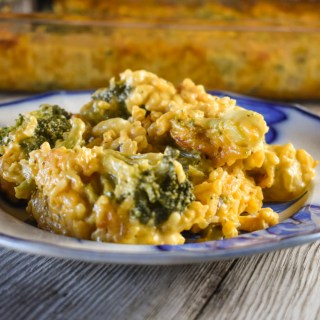 We all need a simple recipe, like this Cheesy Broccoli Rice Casserole, that is quick to make and loved by everyone.