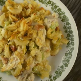 Cashew Chicken Casserole is a humble recipe with great flavor and texture. Fresh lemon juice perks up the flavor while cashews bring a bit of crunch.  Save that leftover chicken, and turn it into your next meal with this easy recipe.