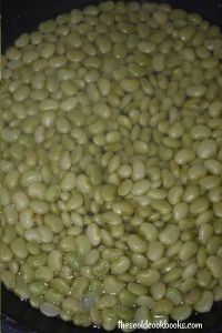 Baked Lima Bean Casserole is an old fashioned southern dish. The best part is a sweet sour cream and brown sugar sauce that coats each and every Lima bean.