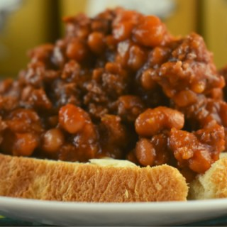 Hamburger Pork and Bean Skillet is a 4 ingredient ground beef dinner. This sloppy joe recipe with beans is served with buttered bread or cornbread.
