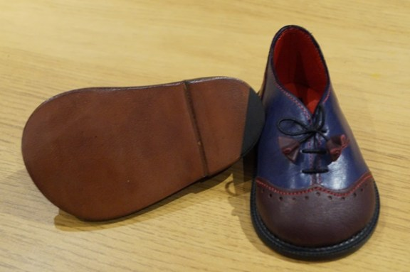 The Little Shoemaker wingtip brogues 1
