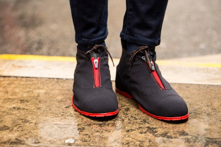 thes-shoe-snob-blog-overshoes