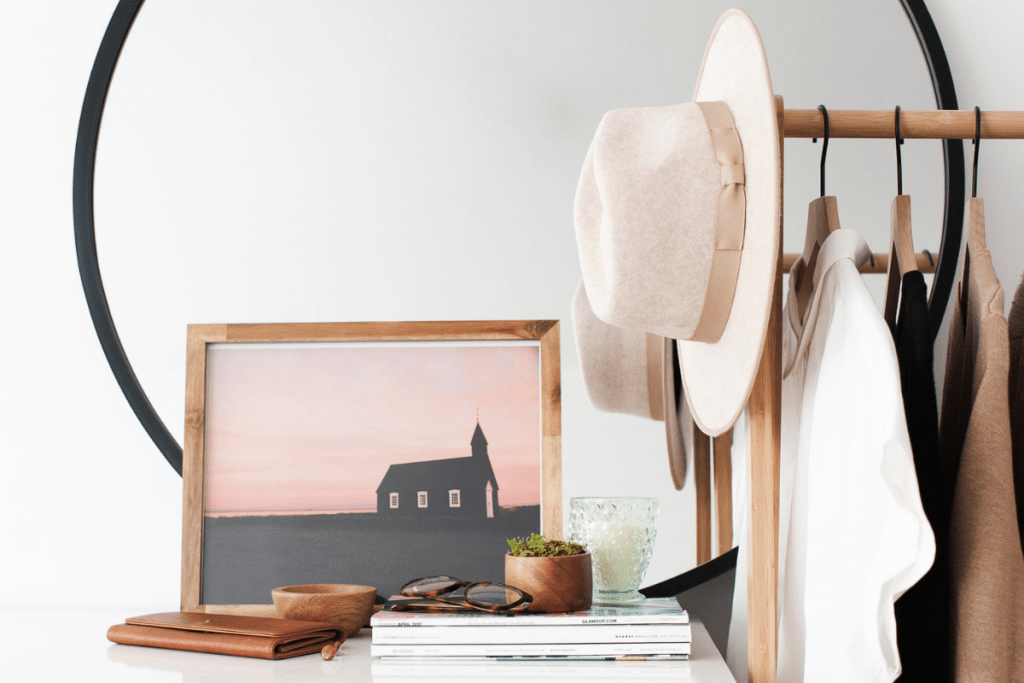 5 ways to make more sales on Instagram, tips to selling on Instagram - how to sell on Instagram as a product shop, boutique or Etsy seller