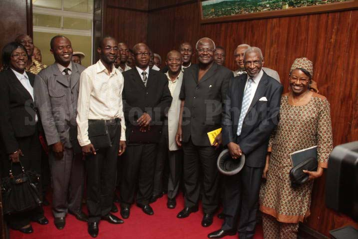 President koroma meet leaders of political Parties at state house – sept 2012