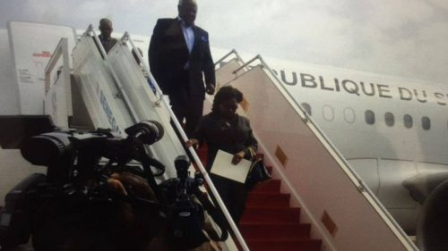 President Koroma arriving in Senegal - 3 June 2016