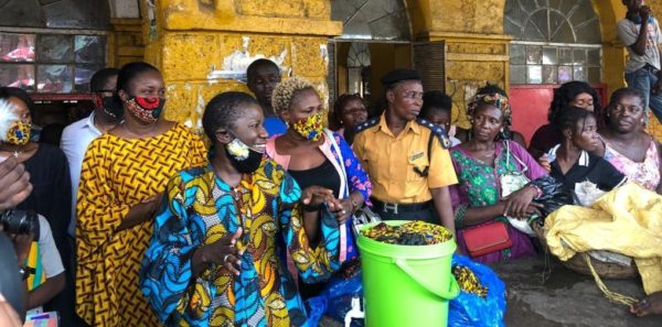 Mayor of Freetown – Yvonne Aki Sawyerr constantly flouting coronavirus physical distancing protocool – 14 04 2020