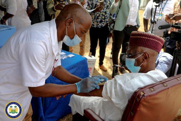 Sierra Leone's President Bio leads the way in taking COVID-19 Vaccine 4