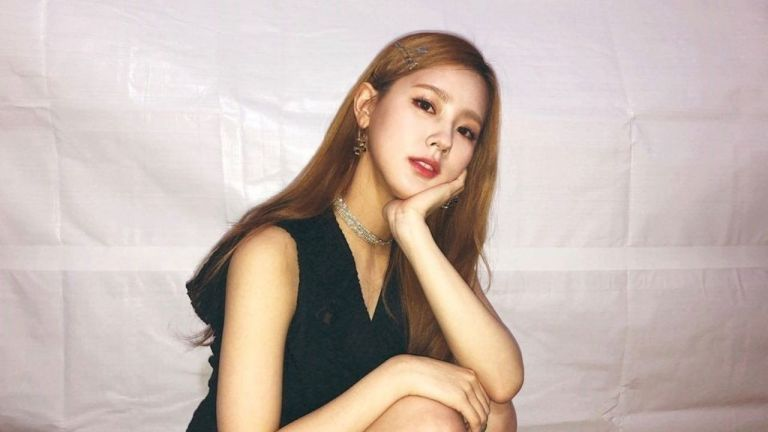 gidle's miyeon to star in new drama which is based on a very unique conept