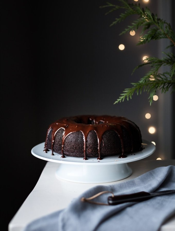 Chocolate Holiday Bundt Cake with Peppermint Ganache - The Simple Green