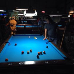 poolhall