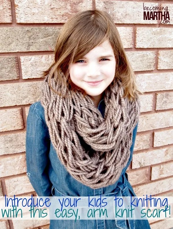 Arm Knitting An Infinity Scarf The Simply Crafted Life