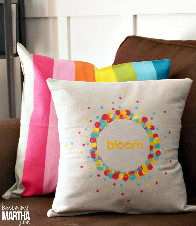 Add a touch of Spring to your home with easy drop cloth envelope pillows!