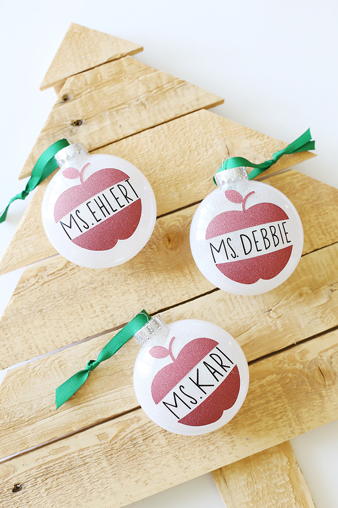 teacher ornament personalized christmas gifts made with cricut