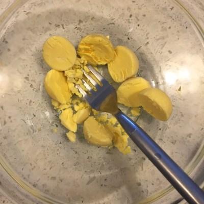 WineCUe yolk smask