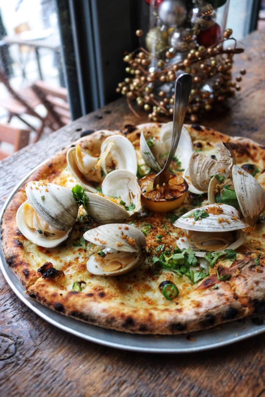 Littleneck Clam Pizza Gelso & Grand