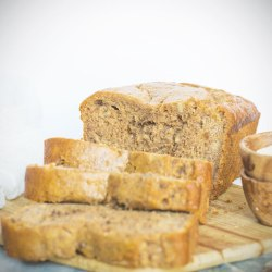 HOW TO MAKE SUPER MOIST BANANA BREAD