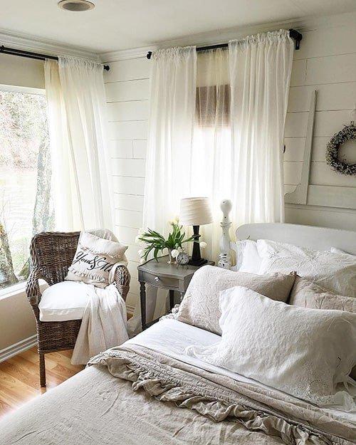 35 Spectacular Bedroom Curtain Ideas - The Sleep Judge on Master Bedroom Curtain Ideas  id=39446